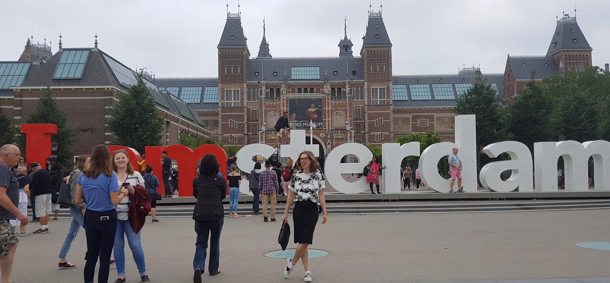 En este momento estás viendo ESCAPADA A ÁMSTERDAM II: de paseo con MaryLuis