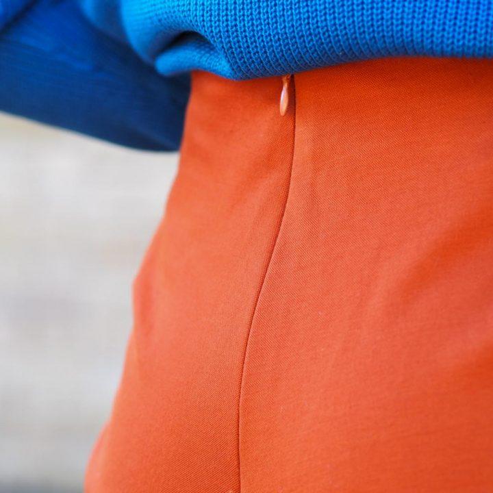pantalón crop marrón